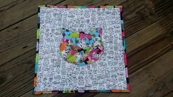 Mini Quilt Cat Face, Cat Play Mat, Cat  art, Quilted Cat Face, Cat Wall Hanging, Quilted Play Mat, Childrens room decor, Cat Mat, Pet mat