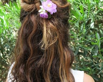 decorative comb, floral hair comb, bridal hair comb, purple hair comb, flower hair comb, wild flowers headpiece, boho bride accessory