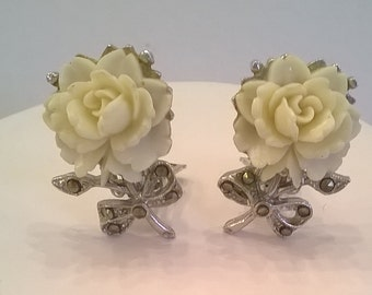 Coro White Rose Earrings - Vintage Clip Earrings with Marcasite Decoration on Silvertone Metal Leaves