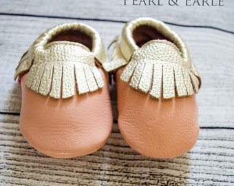 Gold Baby Shoes, Gold Baby Moccasins, Gold Baby leggings, Baby Shoe, Gold Toddler Shoe, Leather Moccasins, Toddler Mocc, Baby Moccasins