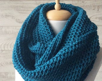 Teal knit infinity scarf wool scarf chunky knit scarf circle winter scarf  womens scarf / FAST