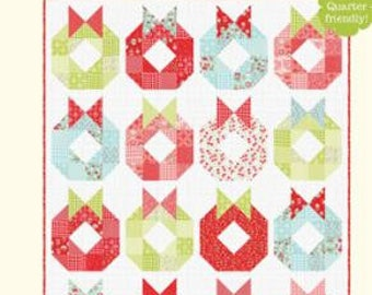 PATTERN DECK the Halls Christmas WREATH Quilt   We combine shipping