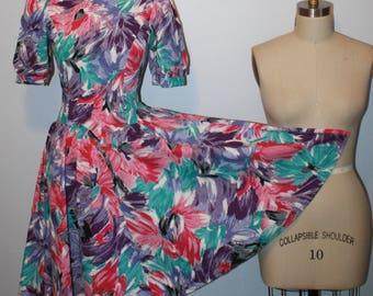1980s 80s Does 50s 1950s Dress Full Skirt Short Puff Puffed Sleeves V Waist Circle Skirt Fan Print Multi Color Peter Pan Collar waist 29