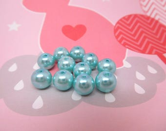 110 Pearly blue glass beads 8mm