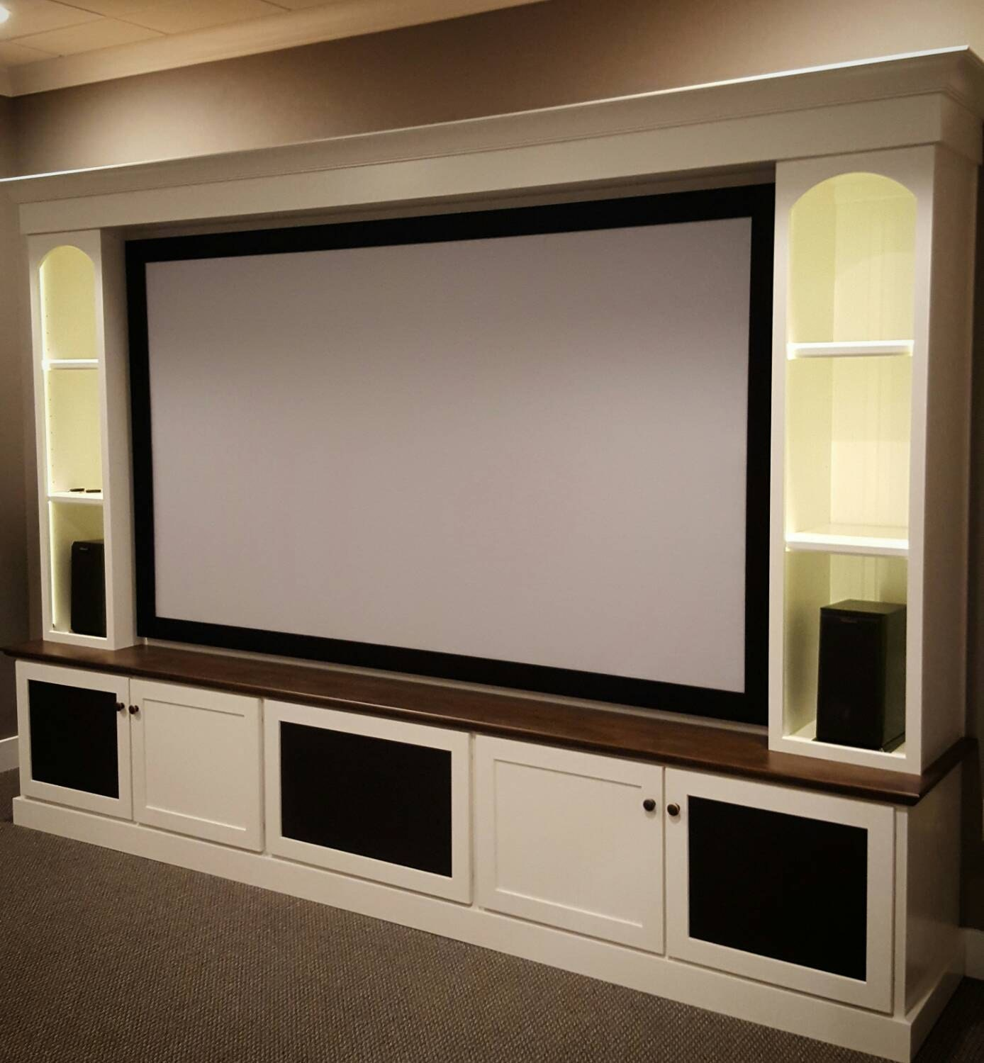 Small Home Theater Rooms: Maple Home Theater Media Center