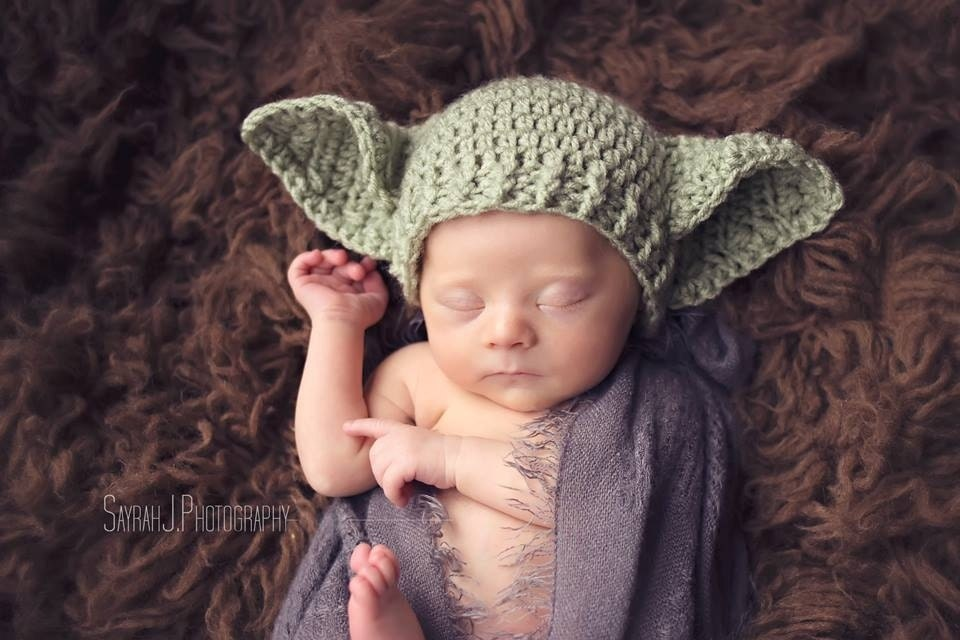 how to knit a baby yoda hat zip
