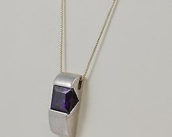Sterling Silver 925 Box Chain With Purple Stone Rectangular Pendant 18''