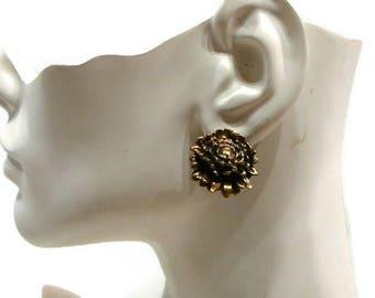 Vintage Clip On Earrings Vintage Gold Clip On Earrings Vintage Bronze Gold Clip On Flower Earrings