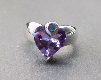 Vintage IBB Sterling Silver and Amethyst Cubic Zirconia Heart Shaped Ring Size 0