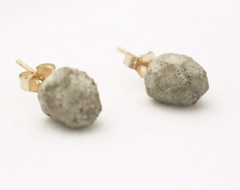 Modern and Minimal Concrete Monolith Earrings with Gold Posts. Industrial Chic Jewelry.