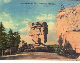 Vintage Linen Postcard....Colorado, Garden of the Gods, Balanced Rock...Used...no. CO0012