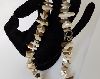 """Coral Choker Necklace, with glisten chips and a 17"""" length - vintage 1960s"""