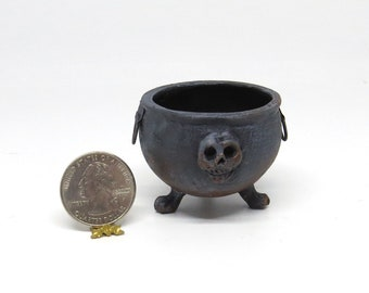 Collector Miniature 1:12 Witch's Wizard's Large SKULL CAULDRON on Clawed Feet. Halloween, Haunted, Harry Potter