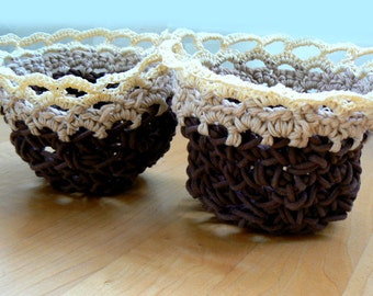Crochet rope baskets- Home decor small chunky crochet bowls- Handmade textured boho baskets-Set of 2 baskets- Office table small baskets