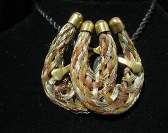 Braided Horse Shoes Brooch