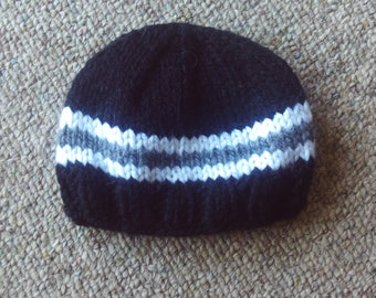 Knit,hat,hats,sports,black,gray,white,infants,babies,shower,photo,boy,boys,gift