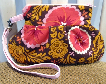 Pleated Wristlet in Anna Marie Horner and Amy Butler Fabrics