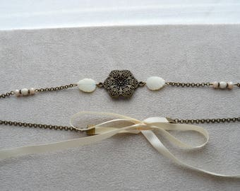 """Headband """"Nelly"""" composed of leaf in Pearl, Crystal, Czech glass pearls"""
