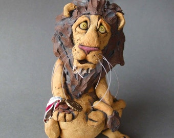 Lion Sculpture Ceramic Animal Badge of Courage