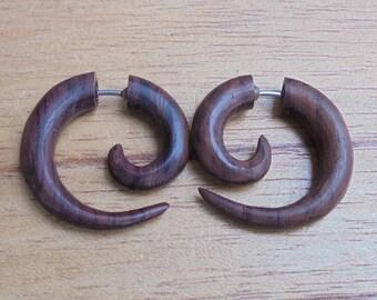 Small Spiral Fake Earrings, Fake Gauge Earrings, Wood Fake Earrings, Wooden Accessories, Bali Jewelry, Sono 5NP7