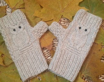 Owl fingerless gloves Owl fingerless mittens Gray fingerless gloves with black pastes