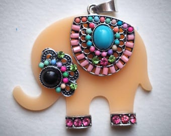 Large beige ELEPHANT charm in acrylic with collage of pearls and Rhinestones, 55x55mm