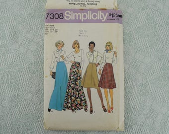 Simplicity Sewing Pattern 7308 skirt from 1975 size 18 20