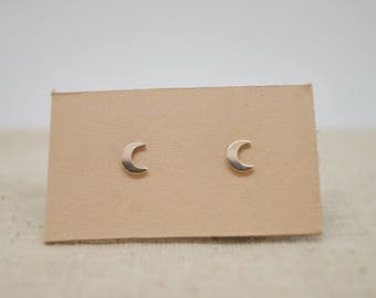 14K Gold Filled Dainty Moon Stud Earrings