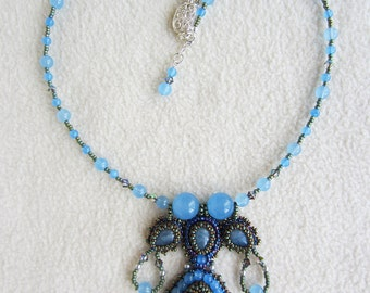 Bead embroidery fleshy blue Labradorite necklace
