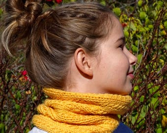 Choker (Merino) child multifunction yellow chick