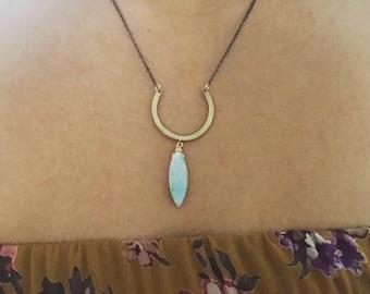 Horseshoe Stone Necklace