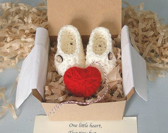 Pregnancy Announcement,  Pregnancy Reveal, Grandparents, Daddy,  BOOTIES IN A BOX®, Baby Booties, Puffy Heart Ornament, Baby Shower Gift,