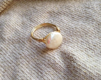 Coin Pearl Ring // Bridesmaid Gifts // Promise Ring // Freshwater Pearl ring // Gifts for her// Birthstone Jewelry // June Birthstone