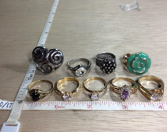 Vintage Lot Of 9 Rings Assorted Sizes Silver Gold Toned Used
