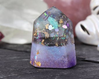 Orgonite® - Crystal Point - Necklace - Orgone Generator® - Psychic Abilities - Crystal - Handmade - EMF Protection - HoodXHippie