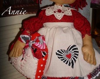 "Primitive doll PATTERN ""Be Mine Annie"" KCP138"