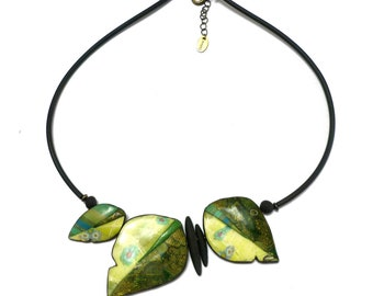Green Polymer clay necklace, Green Leaf Necklace, Artisan Boho Statement Necklace for women, collier femme pâte polymère, handmade necklace