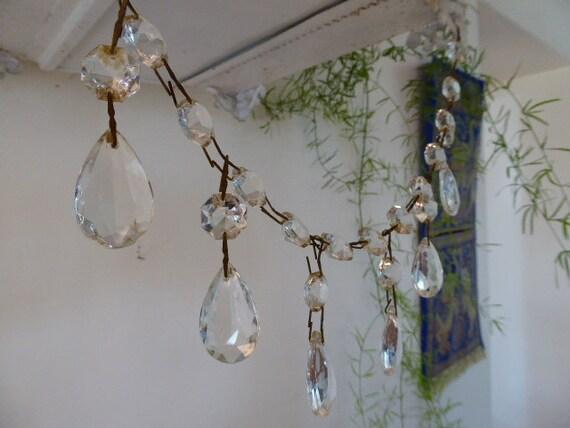 ancien lustre en cristal gouttes et perles chandelier en. Black Bedroom Furniture Sets. Home Design Ideas
