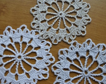 Crochet Christmas Snowflakes / white gold silver / 3.3 inches (8.5 cm) S-3