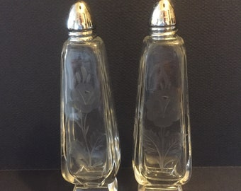 Engraved glass, Salt and Pepper Shakers, Rose motif one side, Four sided, Footed base, chromed screw on tops