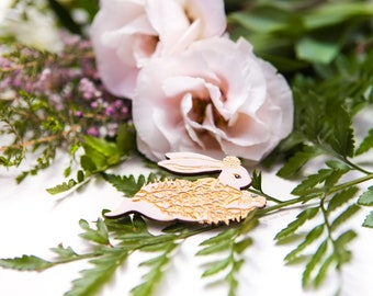 Brooch : Catch a Cloud and pin it down (Blush)