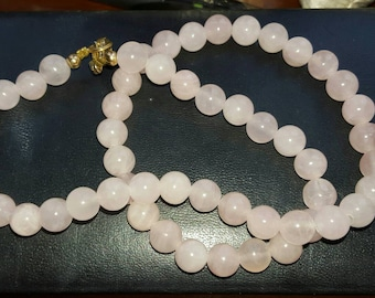 Stunning Rose Quartz beaded necklace