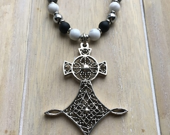 Long adjustable gray suede necklace with natural stone beads and statement pendant