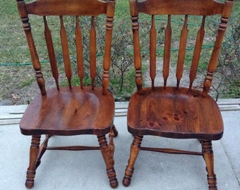 Matching Pair Of Vintage Chairs,dining,wood,desk,kitchen,straight Back,dark  Brown, Spindled,stained
