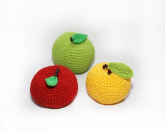 Baby rattle Baby toy Crochet apple Play food Pretend play Kitchen decor Baby teething toy Educational toys Doll food Play kitchen food