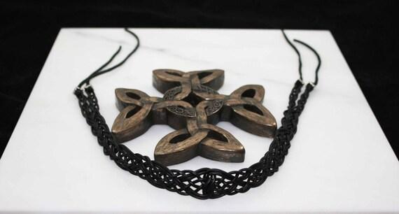Celtic love weaving in black