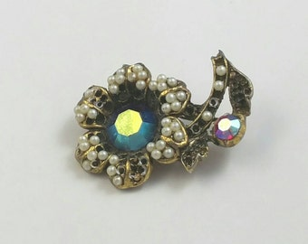 Flower Figural Faux Seed Pearl & AB Crystal Brooch Pin Unsigned
