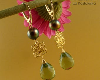 Royal green - earrings with green amethyst and pearls