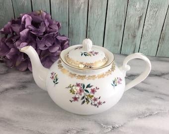 Floral Bouquet Gold Trim England Made Royal Grafton Teapot Vintage Excellent Fine Bone China 32 oz