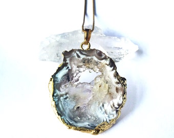 SALE// Gold Plated Agate Slice Druzy Necklace // 18K Gold Plated Chain